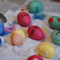Ostern-Eierfärben-mit-Name