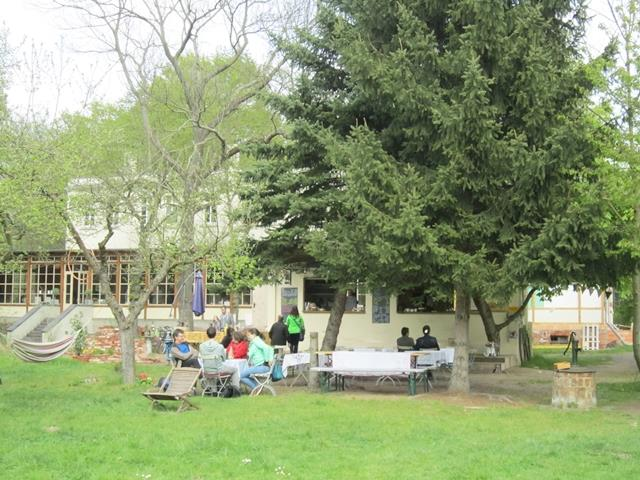 Garten-Villa-Hasenholz-eisRINA