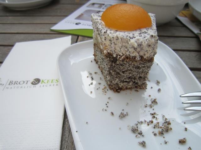 Cafe-Keesscher-Park-Kuchen